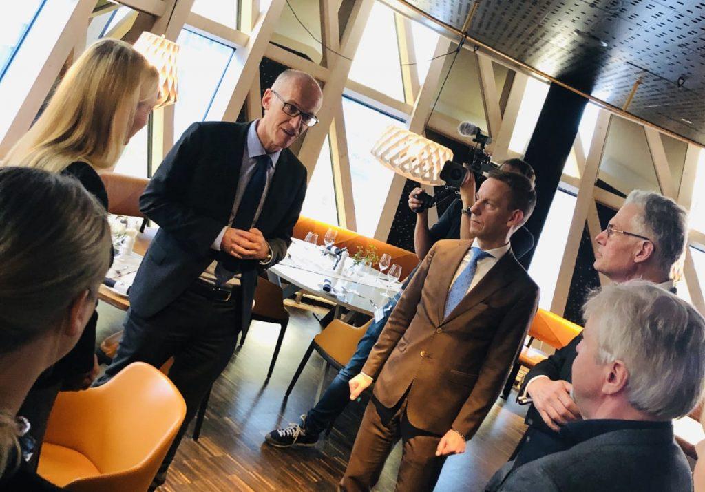 Cyril Schiever och Nordenchef Jacob Tellgren  Pharma Industry